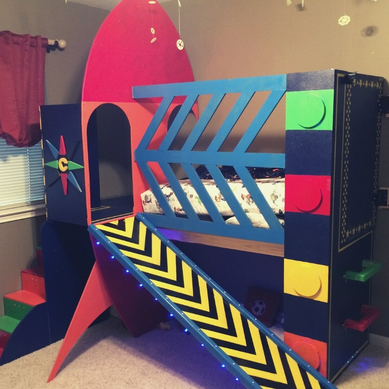 One dad has made a cool space-themed bed