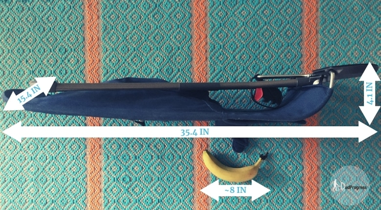 Baby Bjorn Bliss and banana on the floor. Baby Bjorn Bliss Measurements (numbers also seen in the picture): 35,4 x 15,4 x 4,1 In